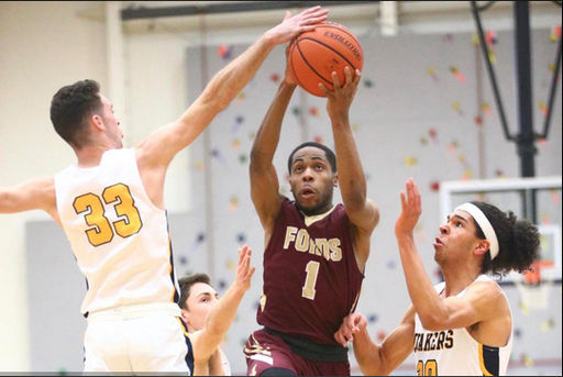 Varsity basketball beats Penn Charter for undefeated season; wins first Inter-Ac title since 1999